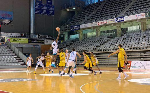 Imagen del partido de la primera vuelta, que acabó con victoria menorquina - Foto: Hestia Menorca