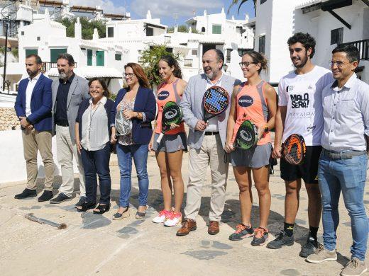 (Vídeo y galería de fotos) El World Padel Tour habla menorquín