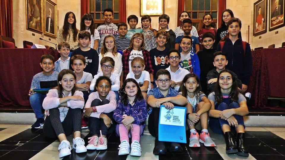 Los miembros del Consell Infantil, en el Ajuntament (Fotos: Ajuntament de Ciutadella)