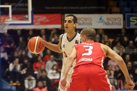 Pitu Jiménez en acción de ataque (Fotos: deportesmenorca.com)