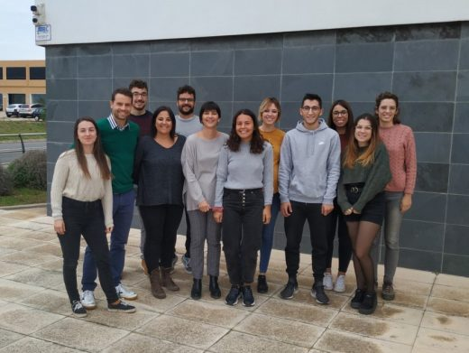 Imagen de los jóvenes que este lunes acaban su relación laboral con el Ayuntamiento de Ciutadella