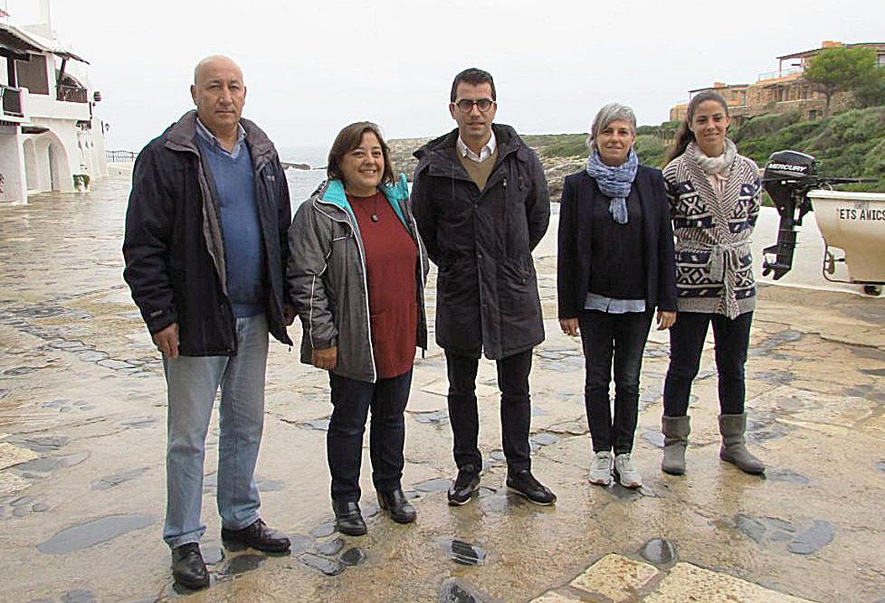 Imagen de la visita del conseller Company a Sant Lluís esta mañana