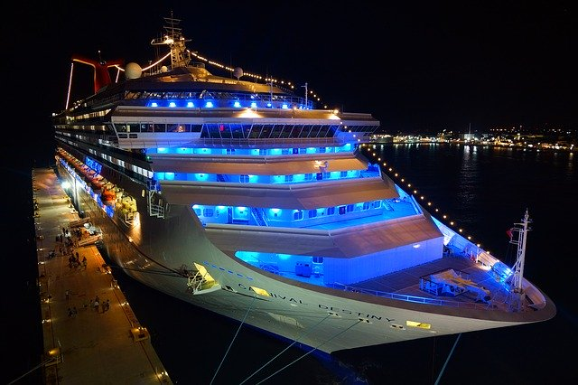 Los cruceros necesitan energía eléctrica