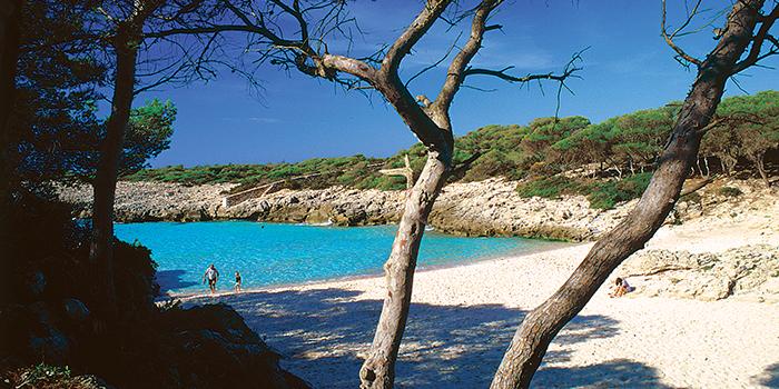 Playa de Es talaier que hay en la web del Ayuntamiento de Ciutadella
