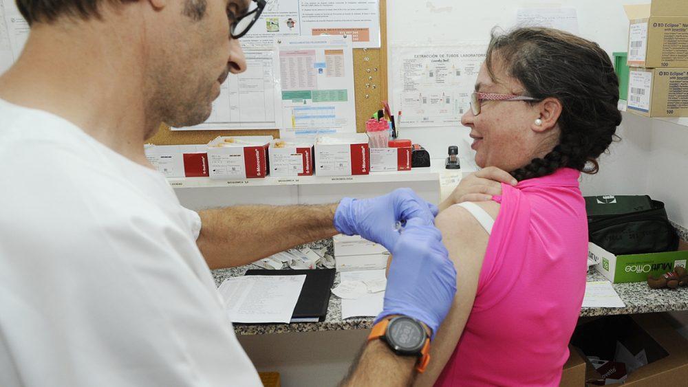 Todos los centros de salud de Menorca disponen de la vacuna (Foto: Tolo Mercadal)