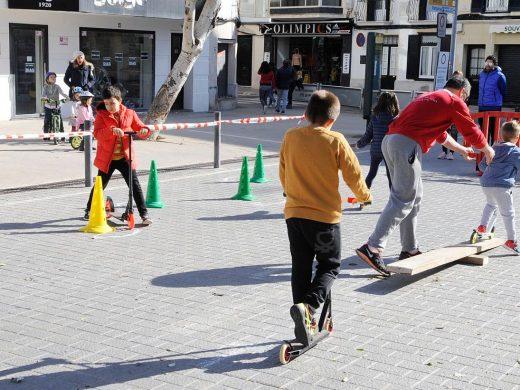(Fotos) Un domingo para los niños en Maó