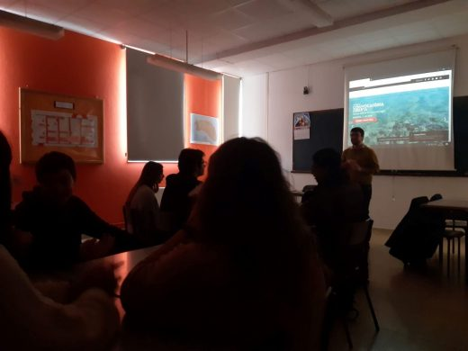 Sesión de cine en centros escolares y bibliotecas de Menorca