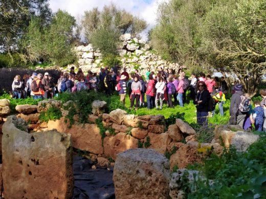 Casi un centenar de personas visitaron Sa Cudia Cremada