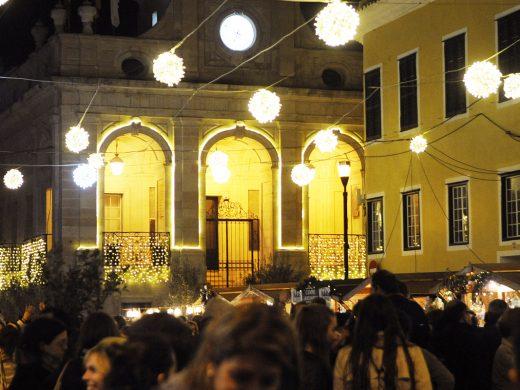 (Fotos) Los Llumets encienden la Navidad en Maó