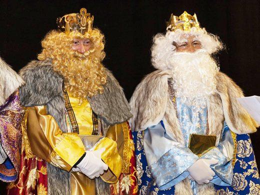 (Galería de fotos) Los Reyes Magos madrugan para visitar Sant Lluís
