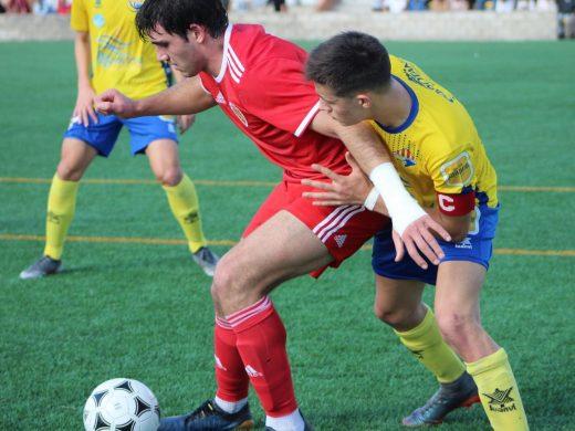 (Fotos) Un gol de Puche acaba con el Villacarlos