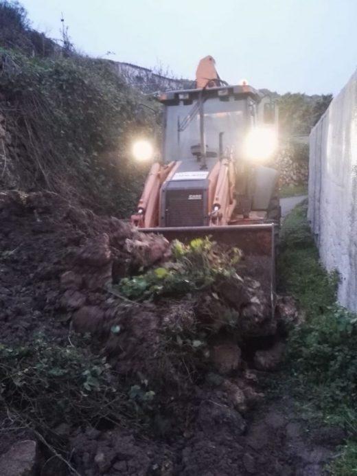 La brigada de obras ha desbloqueado el camino de los Vergers de Sant Joan