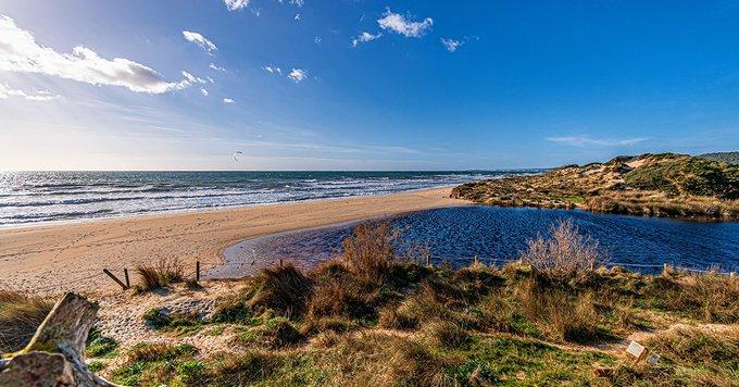 Playa de Son Bou, en el sur de la isla (Foto: Turismo de Menorca)