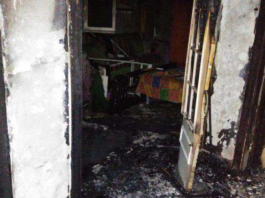 Una mujer de 92 años sufre graves quemaduras en un incendio en Ciutadella