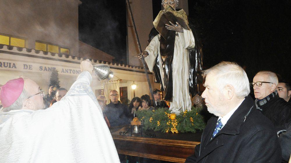 Bendición nueva talla Sant Antoni.