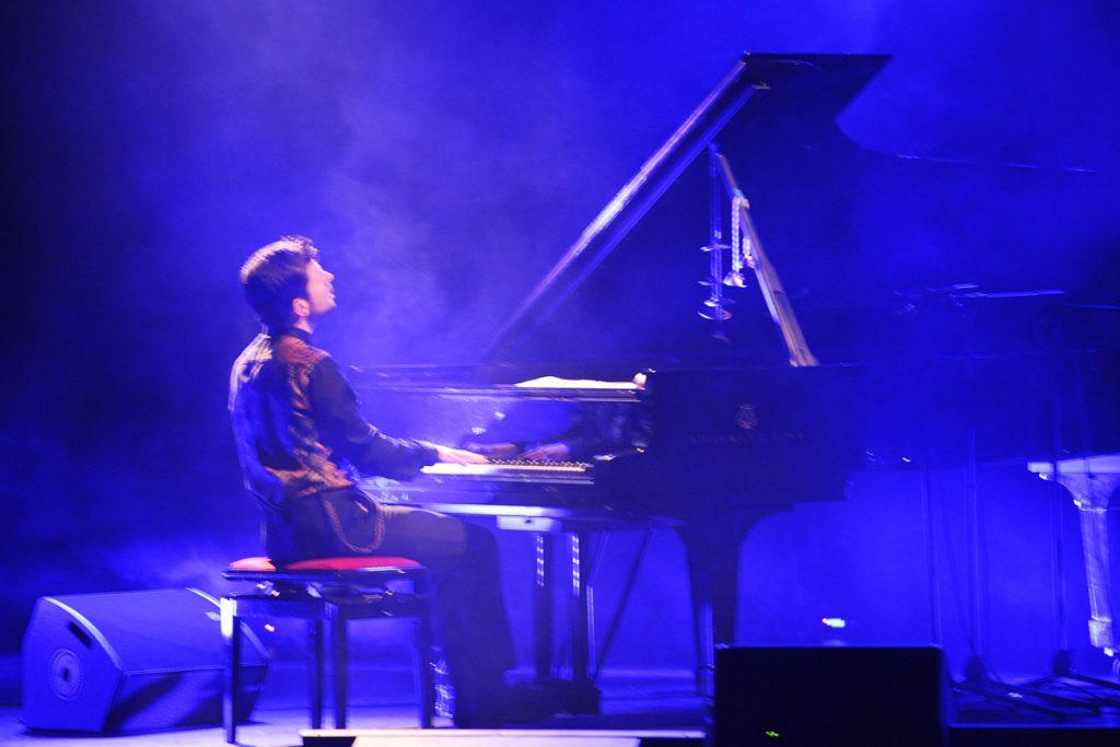 Marco Mezquida, durante una actuación.