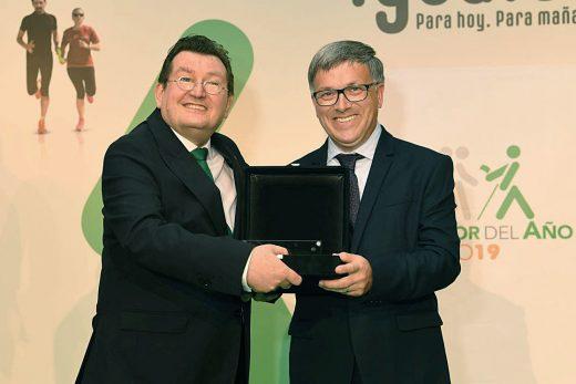 Imagen de la entrega del galardón a Juan Pons