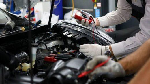Reparación de un vehículo.