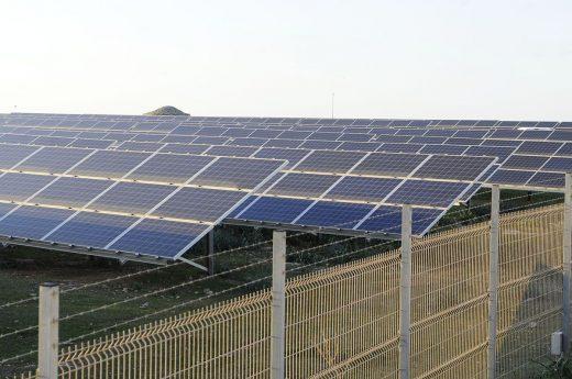 El preacuerdo recoge las peticiones de las 3 partes implicadas en la ampliación de la planta fotovoltaica (Foto: Tolo Mercadal)