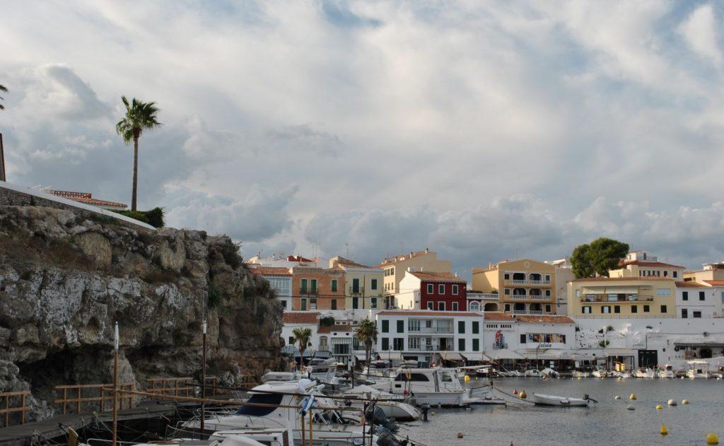 Día gris y desapacible en Menorca (Foto: EA)