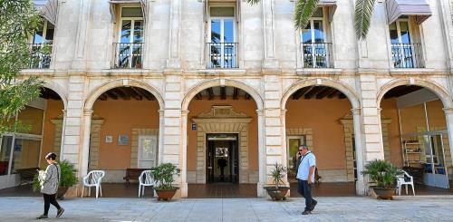 Geriátrico municipal de Ciutadella