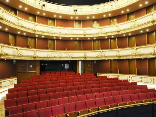 (Fotos) El Teatre des Born se engalana para la esperada inauguración en marzo