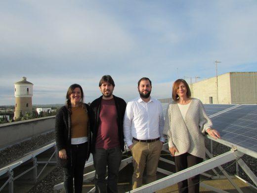 """La """"Oficina de l'Energia Menorca 2030"""" ofrece servicios de información y asesoramiento normativo."""