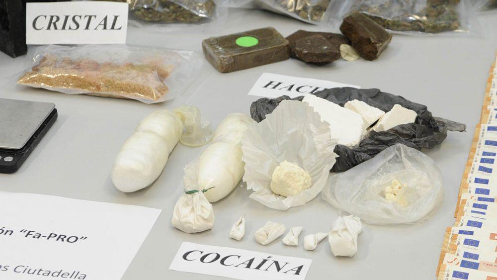 alijo de drogas capturado por la guardia civil en ciutadella