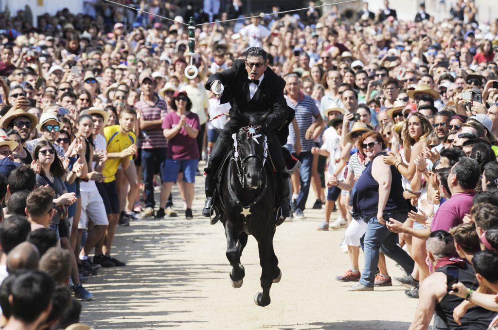La pandemia ha podido con las primeras fiestas de Menorca
