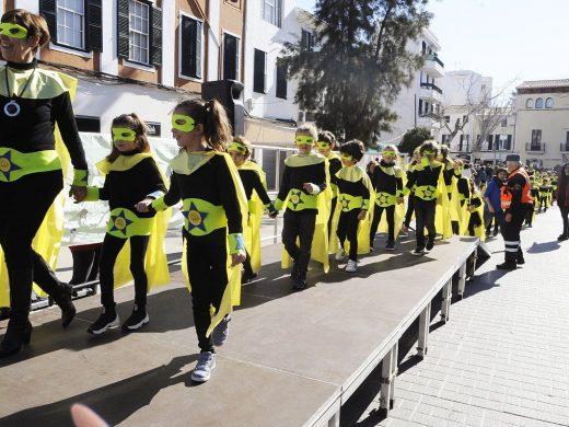 """(Fotos) """"Rueta"""" infantil contra la emergencia climática en Maó"""