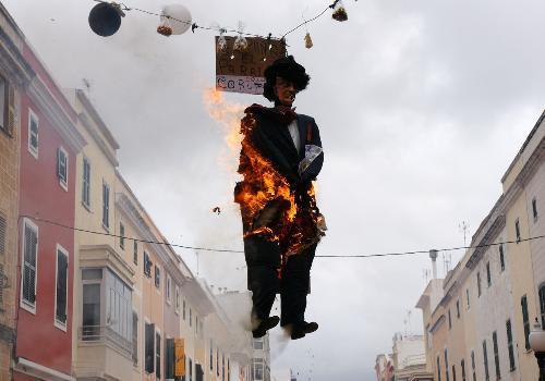 Quema de bujots en Ciutadella (Foto: Ajuntament de Ciutadella)