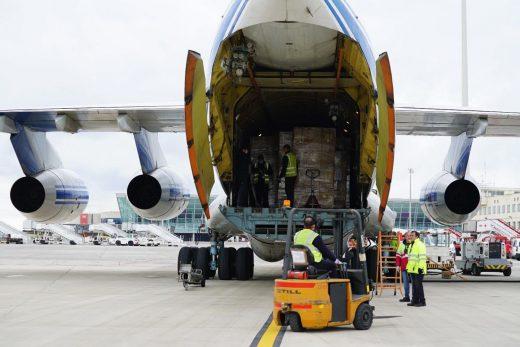 Cargamento de material que llegó a Mallorca el pasado lunes.
