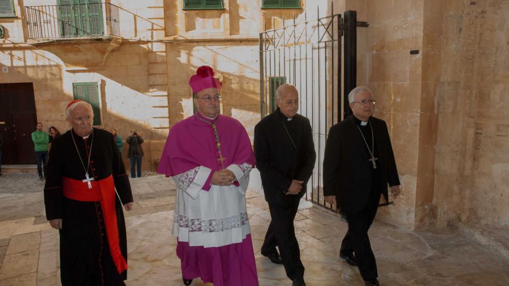 Monsenyor Conesa.