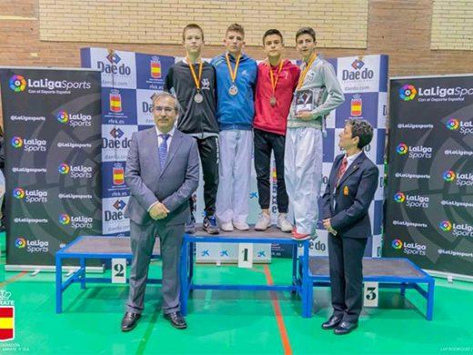 (Fotos) Julen Triay, campeón de la Liga Nacional de karate