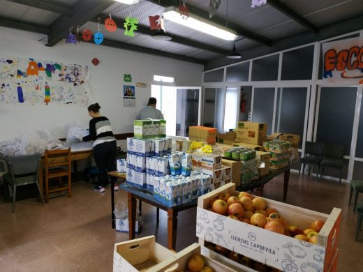 Cáritas Menorca atiende a 270 familias durante la crisis del coronavirus