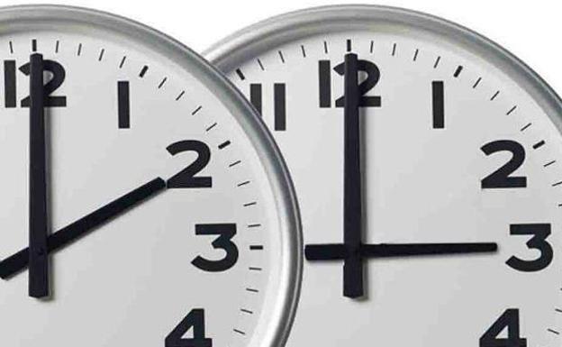 El reloj se adelantará de las 02.00 a las 03.00 horas.