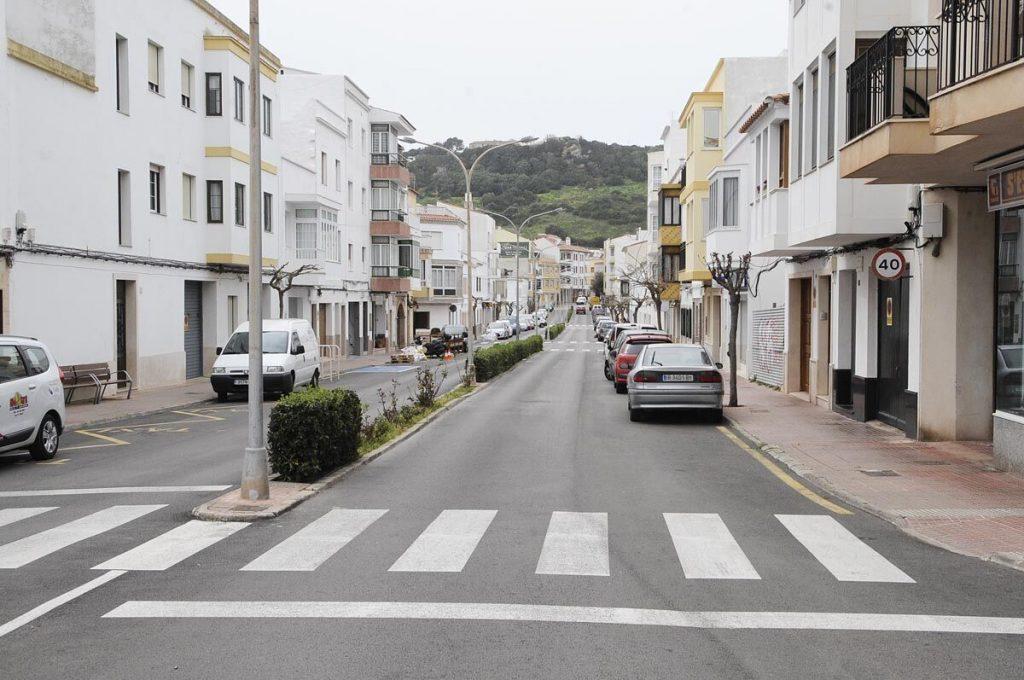 Las vacías calles de Ferreries muestran que el confinamiento se está llevando a cabo con mucha disciplina