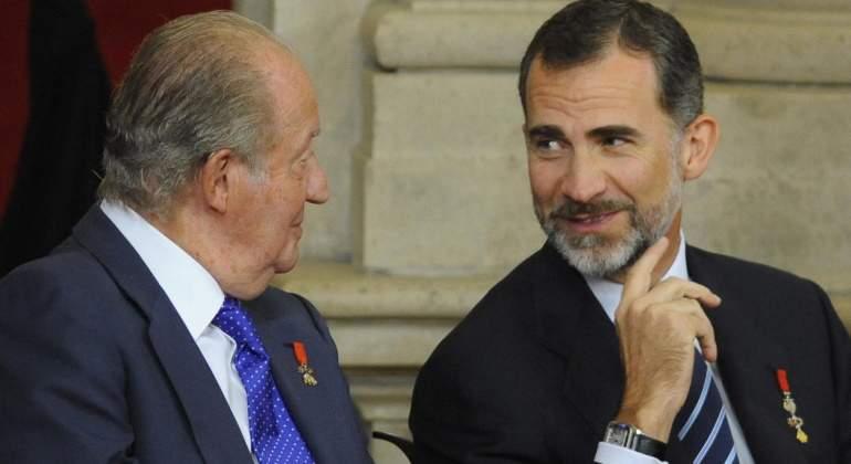 Felipe VI, junto al Rey emérito.