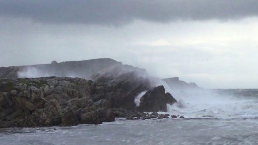 Las olas y el viento serán habituales estos días