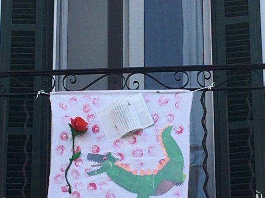 (Fotos) Rosas, dragones y letras en Es Castell