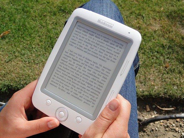Leer libros electrónicos está necesariamente de moda