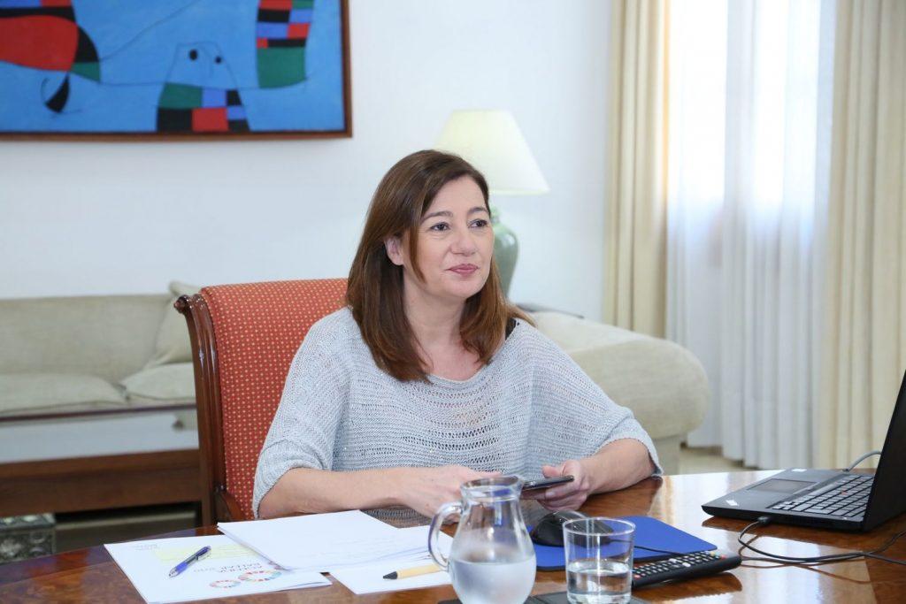 La presidenta, Francina Armengol, se ha entrevistado con el presidente canario, Ángel Víctor Torres