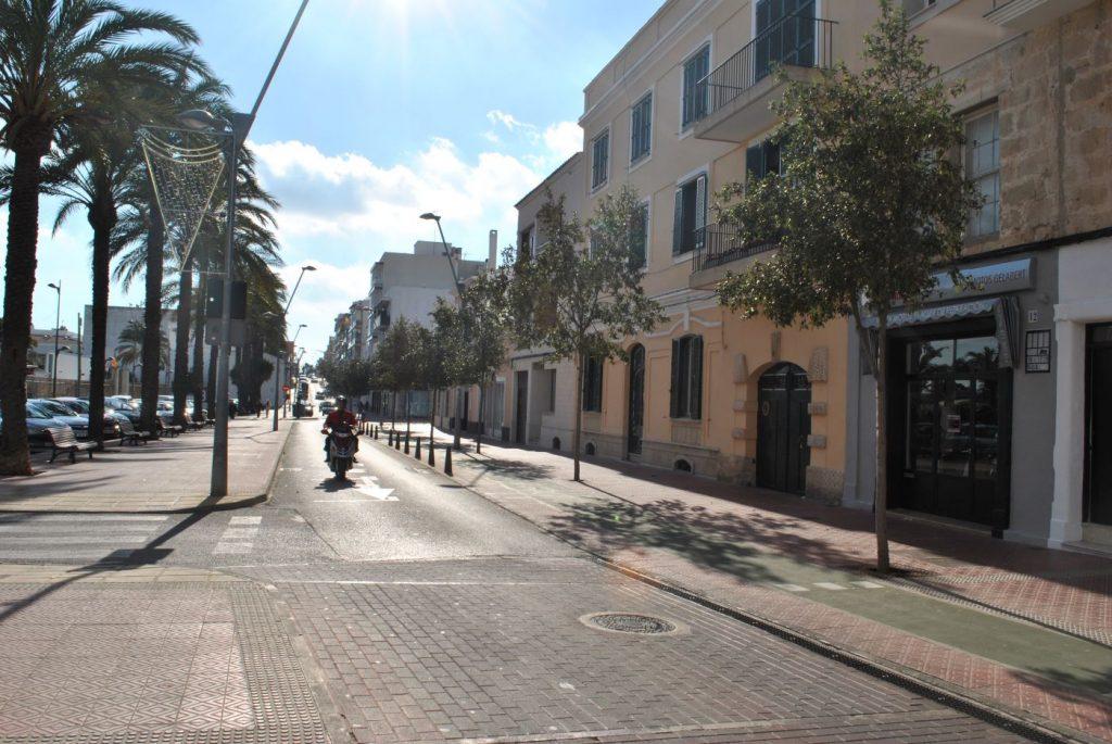 Los ayuntamientos han reducido el alumbrado público durante el estado de alarma (Foto: EA)