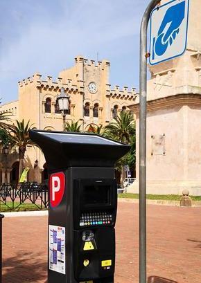 Parkímetro en el centro de Ciutadella (Foto: Ajuntament de Ciutadella)