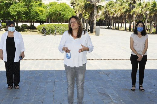 Susana Mora esta mañana en la concentración por el minuto de silencio (Foto: Tolo Mercadal)