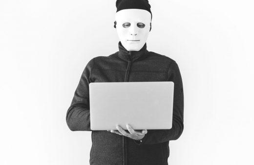 Delitos informáticos.