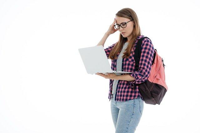 Estudiando en clase y en casa