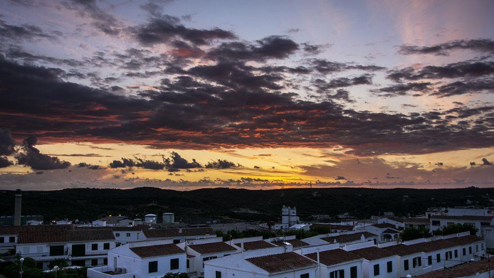 Imagen del cielo de Menorca (Fotos: Mikel Llambías)