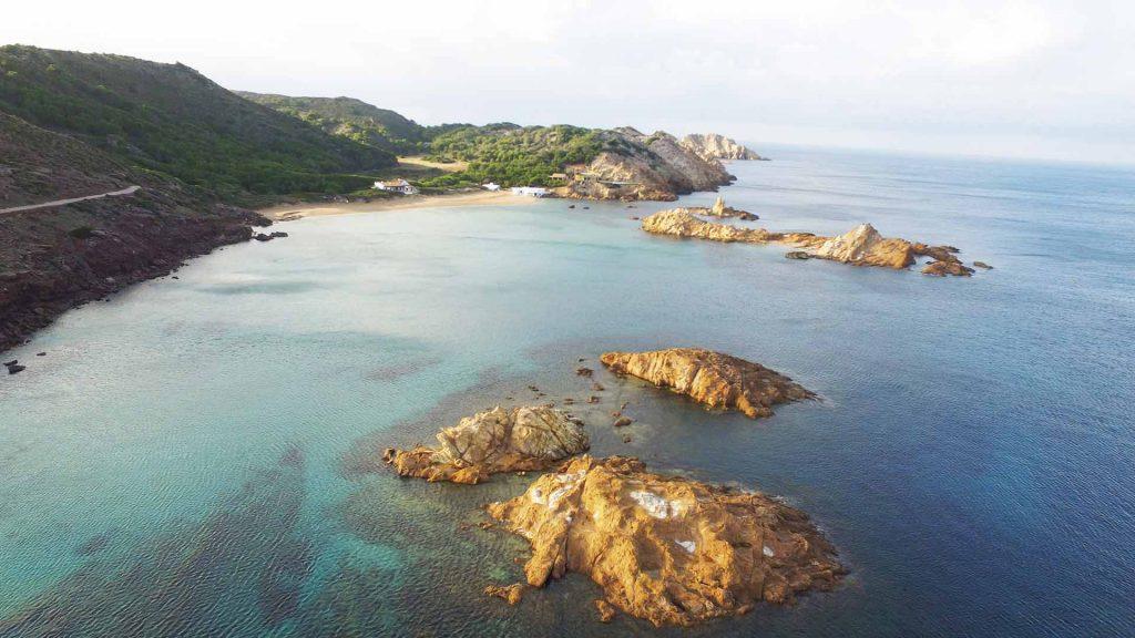 Imagen de Cala Pregonda (Foto: Turismo de Menorca)