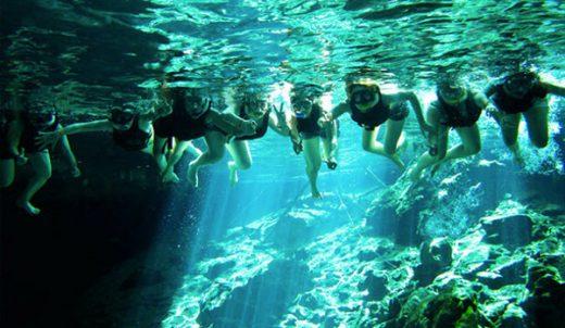 Los jóvenes podrán practicar snorkel.